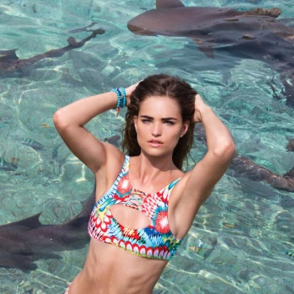 7158e82f15719 Luli Fama Wild Heart Reversible Cut Out Bikini Top